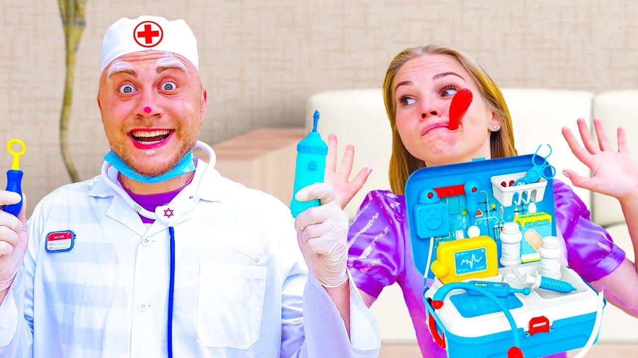 Мишаня играет в доктора для детей