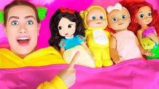 Diez en una cama canción - Canción Infantil | Canciones Infantiles con LaLa