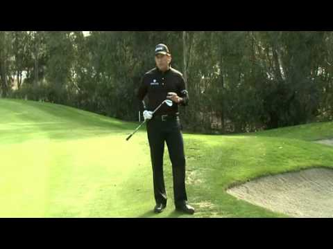 Short Game Tips: Chipping Around the Green With Phil Mickelson