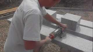 video opracování  kamenné lavičky pemrlováním kamene 1 1