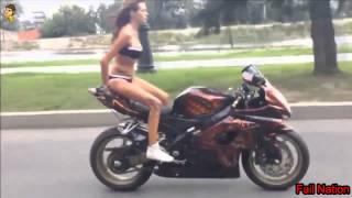 Seksi Kız Motor Üstündeki Coşuyor !