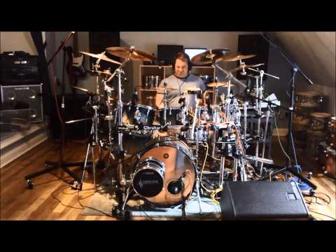 Cream Crossroads Ginger Baker Drum Cover Mofo on Drums