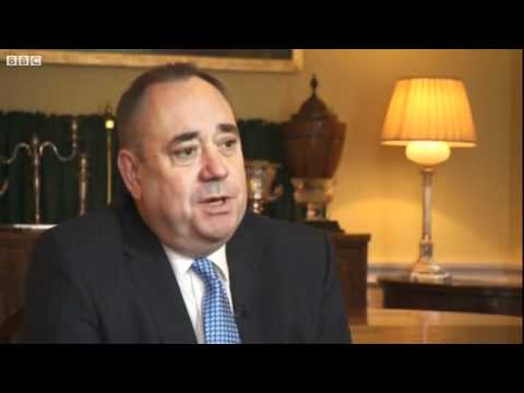 BBC reporter Nicholas Witchell describes independence as 'break up'