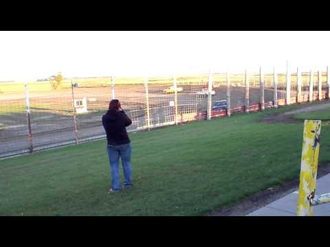 100 0716 2015-09-07 Devils Lake Speedway Truck Feature