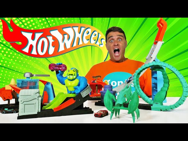 Hot Wheels Downtown City vs Toxic Creatures Toxic Scorpion Attack Playset
