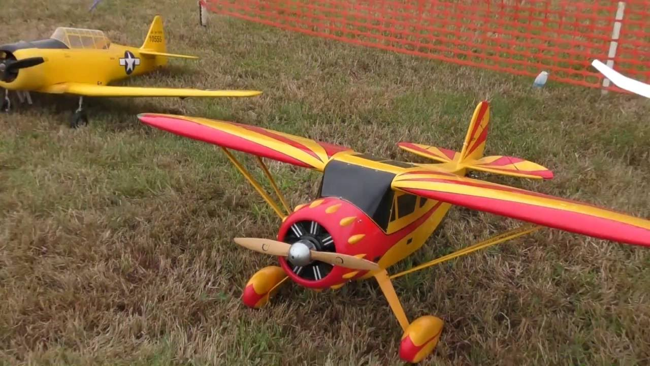 GIANT LARGE scale Stearman crash/fail at Barnstormers Fall RC Airshow