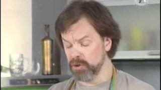Котлеты на косточке и салат.avi