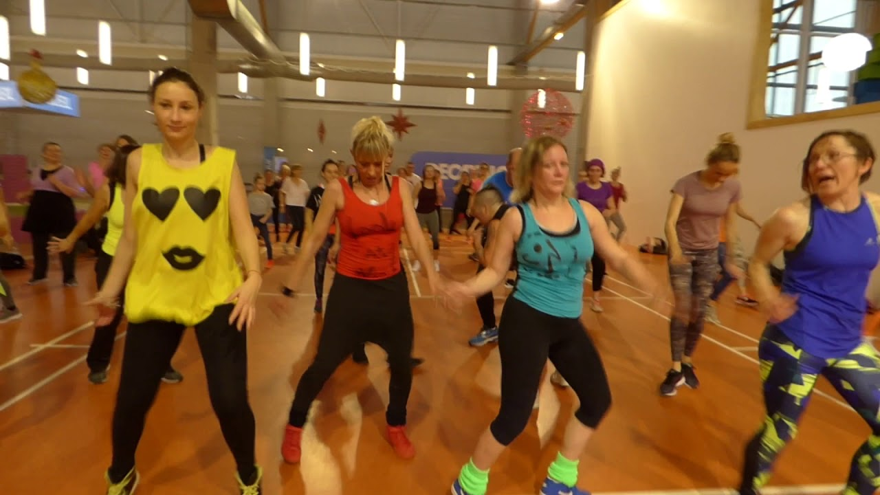 73049d983bc22 Zumba Party ! Decathlon Mondeville ERGOLYPIADES 91 vues - YouTube