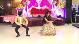 Bhangra performance on sister's wedding on song akhar and vanjhali vaja