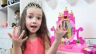 Ulya Wants to be Like a Princess and Funny Stories about Beauty and Makeup for kids
