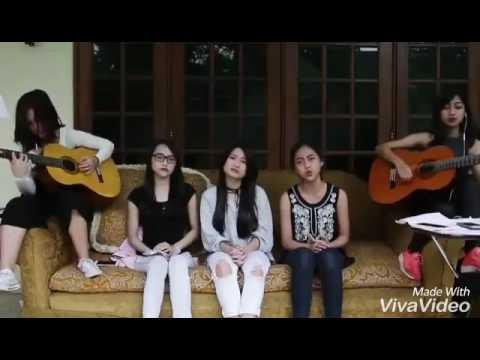 Bird - JKT48 (cover) Nadila,Rona,Sisca,Aurel,Sonia