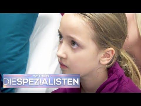 Papas tödliche Medizin: Mädchen (9) hat eitrige Blasen am Körper | Die Spezialisten | SAT.1 TV