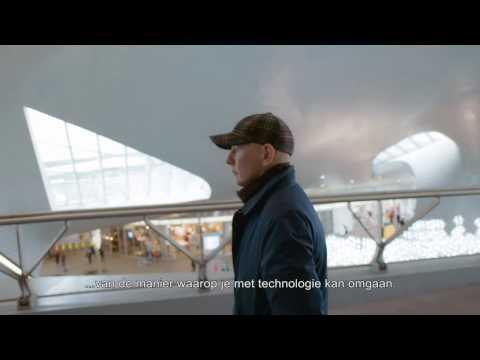 Architect Ben van Berkel vertelt over zijn station Arnhem Centraal en Surface Book