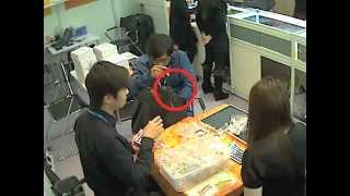 hong kong jewellery show thief caught on cctv