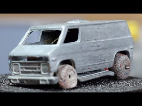Hot Wheels Redline Restoration : 1976 Dodge Van Khaki Kooler Military Police