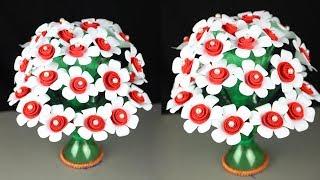 Make wonderful paper flower vase crafts || Empty plastic bottle vase making craft | Guldasta banaye