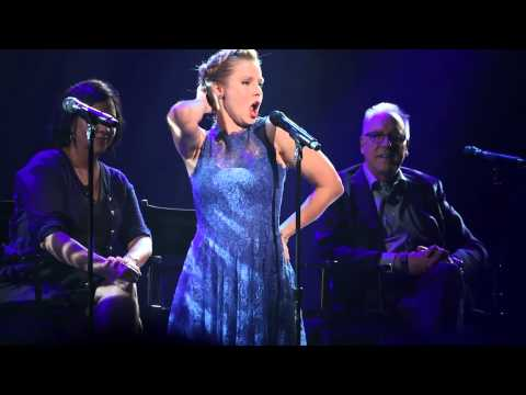 Thumbnail: Frozen - Kristen Bell Sings - For The First Time In Forever Live at D23 Expo2015