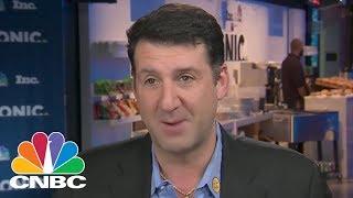 Why Scrub Daddy CEO Chose To Go To Syracuse University | CNBC