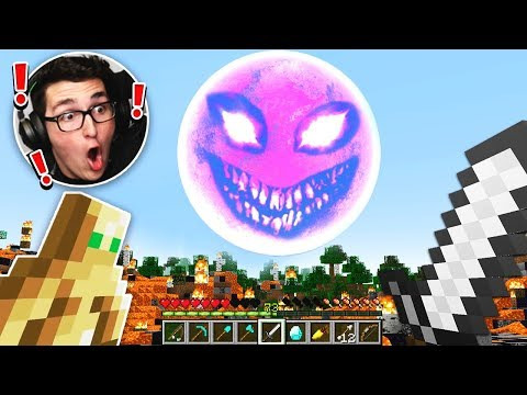 SURVIVING THE RED SUN IN MINECRAFT (VERY SCARY)