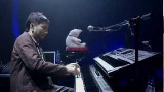 Heart to Heart Tour 2011-12より 個々プレイヤーのソロが光ります。