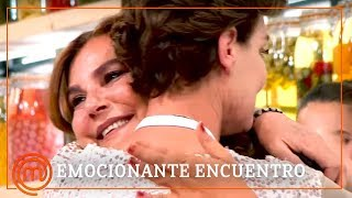 Gambar cover Antonia Dell'Atte ¡lágrimas de emoción con su hermana! | MasterChef Celebrity 3 | REVIVE MASTERCHEF