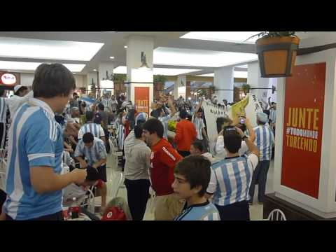 Argentina fans in shopping mall