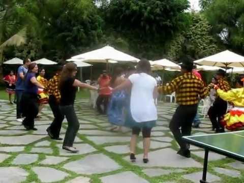 Restaurante mesa de piedra danza carnaval con nuestros for Mesas para restaurante