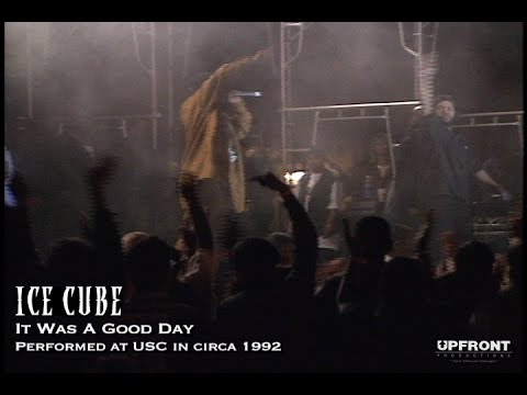 Ice Cube performing