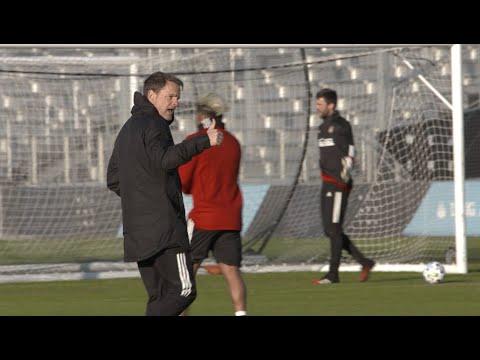Mic'd Up: Frank de Boer Pre-Season Training