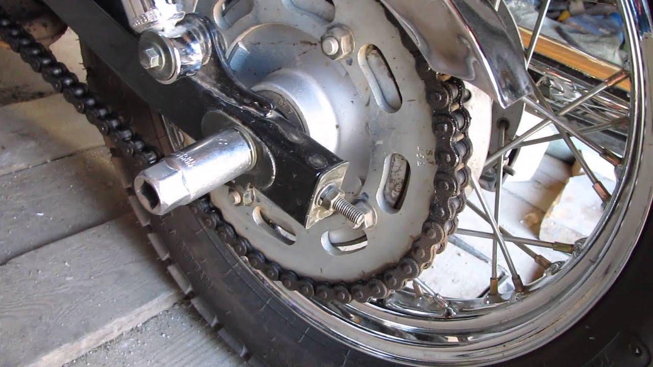 мотоцикл LIFAN LF250 Регулировка натяжения цепи
