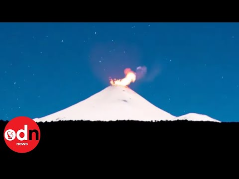 Timelapse of Villarrica Volcano as it Prepares for Powerful Eruption