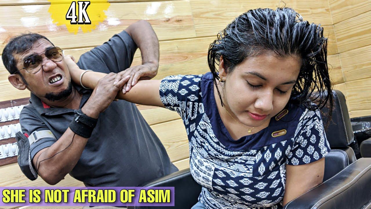 She is not Afraid of Asim / ASMR