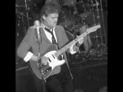Ricky Skaggs Live in Watsonville, CA  (15 Songs)