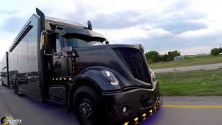 Luxury race hauler built for Scott Bloomquist