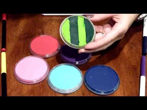 How to Make Rainbow Cakes (Face Painting)