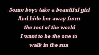 Girls Just Wanna Have Fun - Miley Cyrus - Instrumental with Lyrics on Screen