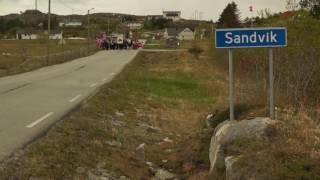 Gratulerer med dagen Norge! Toget Nasjonaldagen 17. mai 2016. Sandvik Frøya