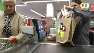 1 minuut winkelen bij de Boni in 't Harde