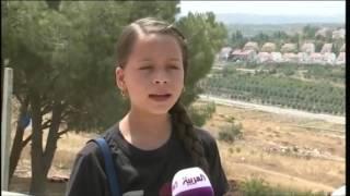 تعرف على أصغر مراسلة صحفية في العالم
