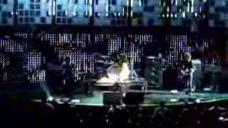 Kroq Almost Acoustic Christmas 2007 - Paramore Misery Busine thumbnail