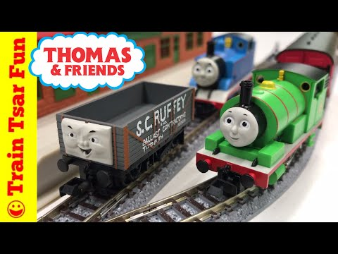NEW! PERCY and S.C.RUFFEY N Scale Thomas and Friends Train Set #93811