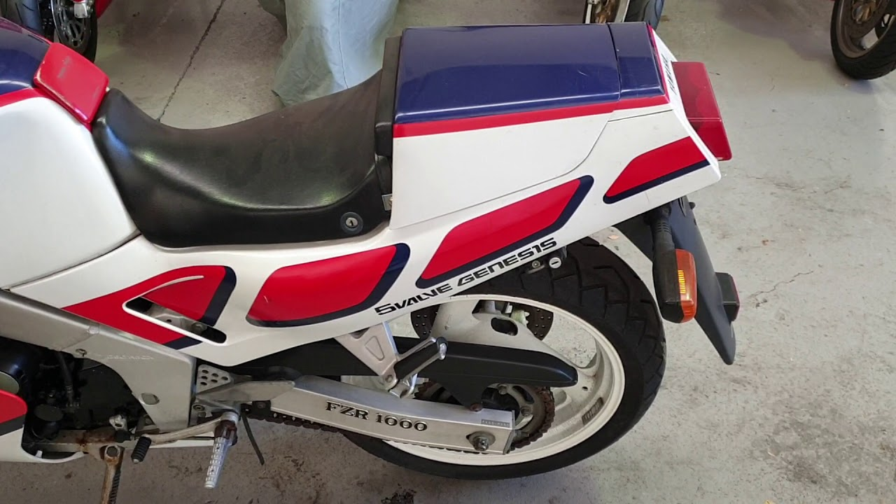 1/87 Yamaha FZR1000 4 sale - YouTube