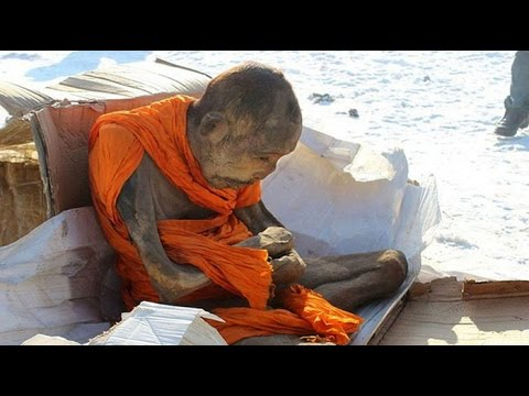 Двухсотлетняя мумия монаха