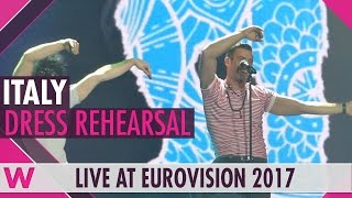 "Italy: Francesco Gabbani ""Occidentali's Karma"" grand final dress rehearsal @ Eurovision 2017"