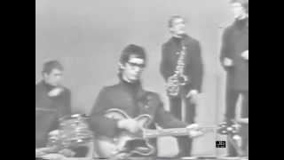 Manfred Mann were a British beat, rhythm and blues, pop, and cover ...