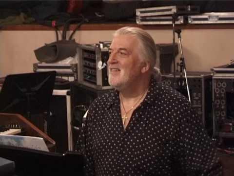 Jon Lord rehearsing and having fun with Deep Purple in 2000