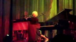 Tori Amos Dallas 11-24-07 Sweet the Sting REMIX