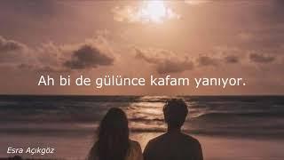 İkiye On Kala -  Bütün İstanbul Biliyor Lyrics Resimi