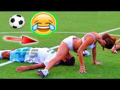 FOOTBALL FUNNY VIDEOS #80 WOMEN SOCCER GIRLS FAILS COMIC MOMENTS VINES 2017 Goals l Skills