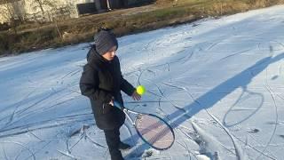 Теннис на льду)